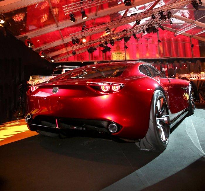 Mazda RX-VISION'a En Güzel Konsept Ödülü