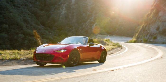 Yeni Nesil Mazda MX-5, Karbon Fiber İle Hafifleyecek