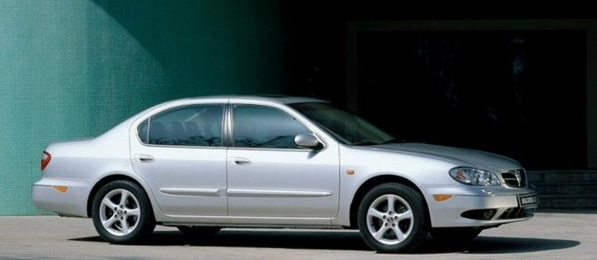 2001-nissan-maxima-sedan-01.jpg