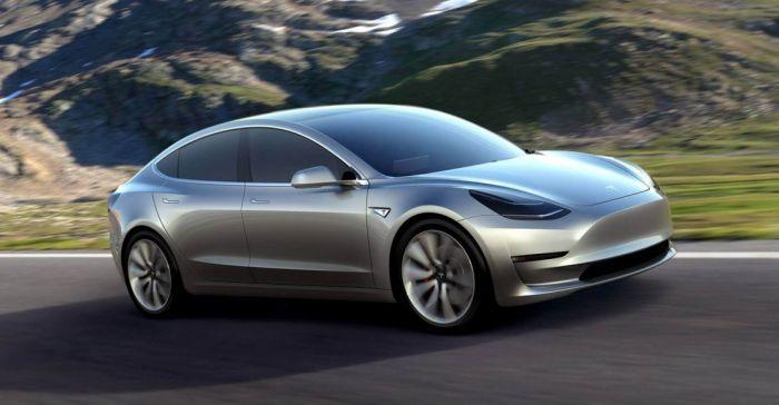 Uygun Fiyatlı Elektrikli Otomobil Tesla Model 3 Tanıtıldı