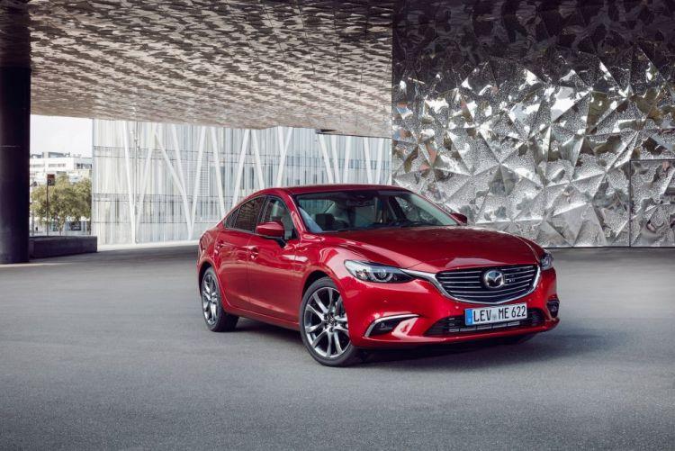 2017-Mazda6_Sedan_Still_16.jpg