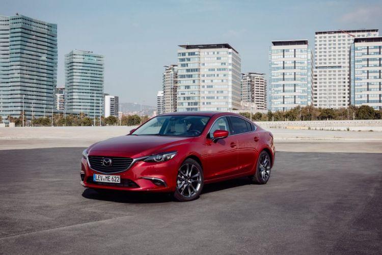 2017-Mazda6_Sedan_Still_18.jpg