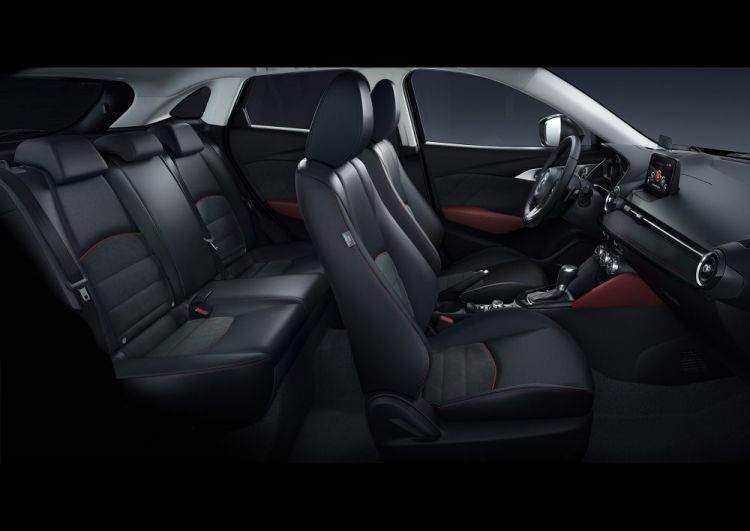 2017CX3_Geneva_Interior_black1_hires.jpg