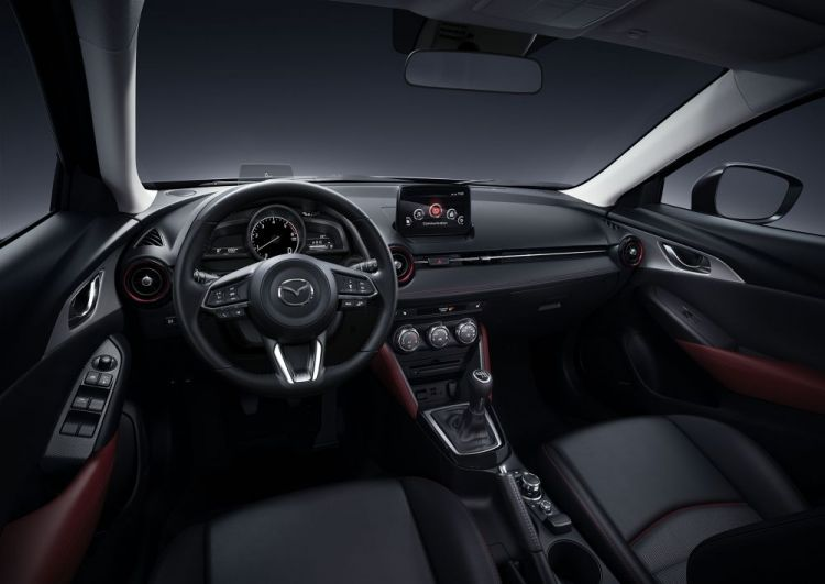 2017CX3_Geneva_Interior_black2_hires.jpg