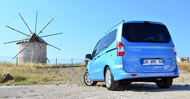 Ford-Tourneo-Courier1.jpg