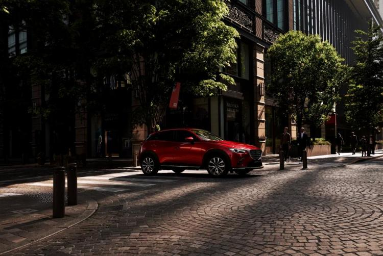 2018-Mazda_CX-3_New-York-Auto-Show-2018_Action_4.jpg