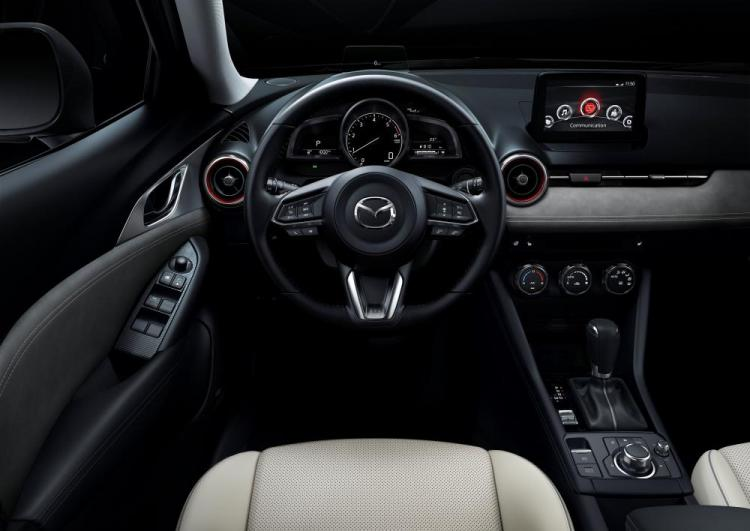 2018-Mazda_CX-3_New-York-Auto-Show-2018_Interior_1.jpg