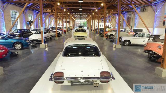 mazda-classic-car-museum (4).jpg