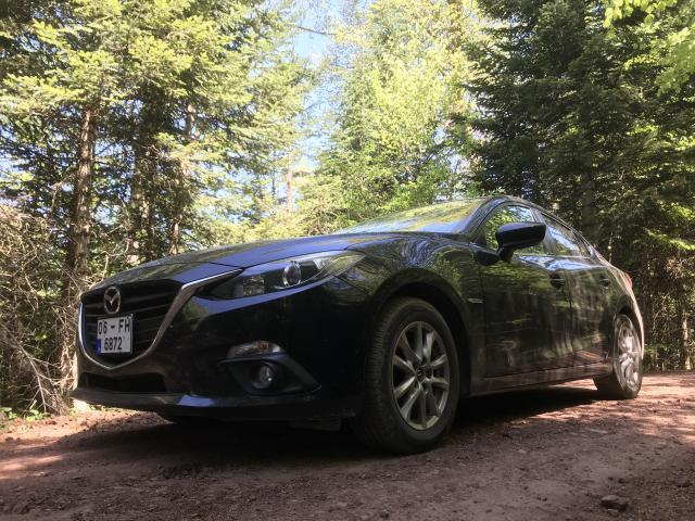 Asfalt bitse dahi yine Mazda