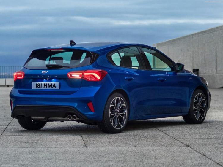 Ford-Focus_ST-Line-2019-1600-1f.thumb.jpg.f06bbc901105cd33aec1ca18c4edca82.jpg